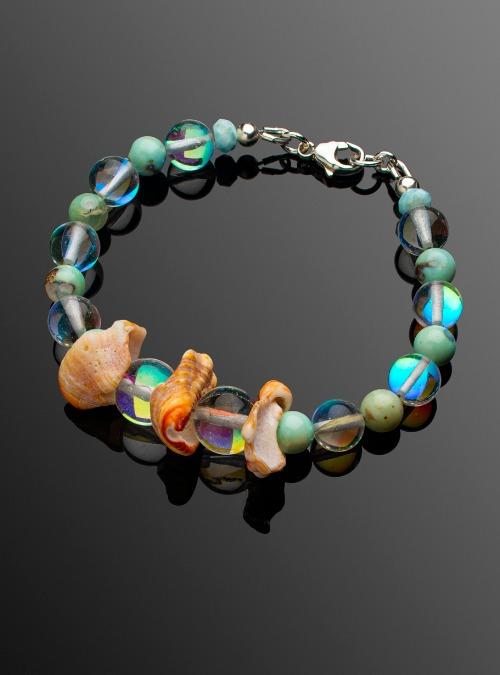 Triple shell bracelet