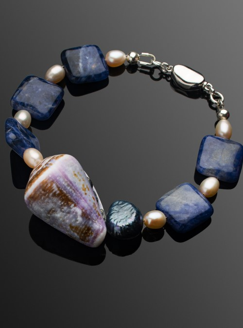 Ocean Waves shell bracelet