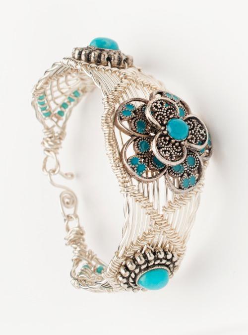 Copper/Zinc wire turquoise bracelet